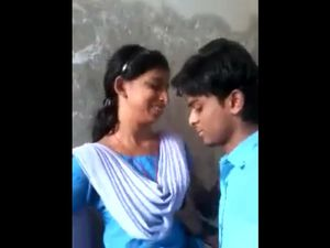 Indian school students kissing on video