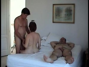 Amateur swinger pairs from Boston show...