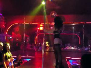 Hot strip show with squirting and dildo...