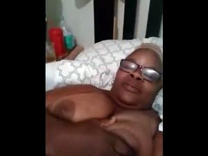 I asked this black mom to send me her tits