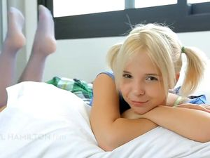 Blonde and very beauty teen Angel Monroe