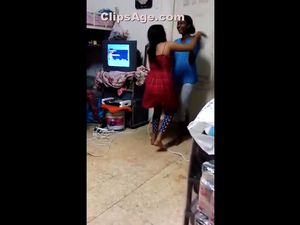 Drunk hot desi girls sexy dance video...
