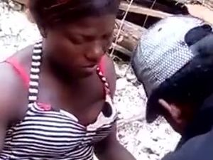 Jamaican girlfriend gets her pussy licked...