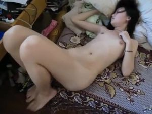 Thai slut pussy creampied homemade