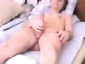 Me masturbate