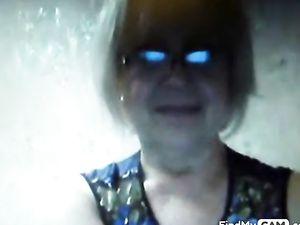 Tatiana, 68 yo, boobs & cunt on webcam!...