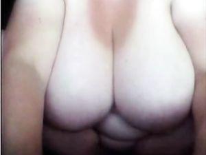 Trailertrash-ish BBW with heavy boobs on...