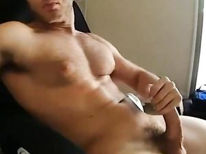 Muscle gay cums on his chest