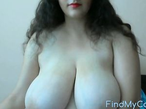 big boobies girl on webcam