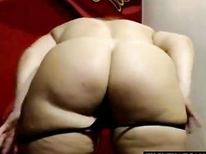 Granny Big Ass on Cam