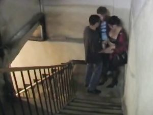 Two guys fuck whore in the entrance -v2