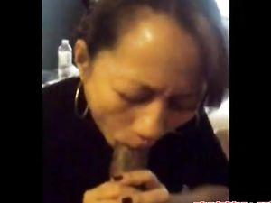 Amateur asian sucking bbc