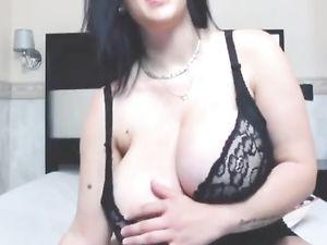 Huge tits -v2
