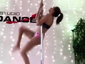 Polish Webslut Martyna Pole Dancing