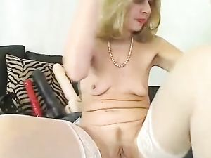 Mature Bitch Put High Heels In Pussy On...
