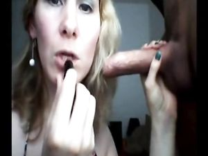Maman qui suce une bonne queue