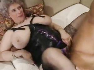 Riesige Brüste Sexy alte Reife
