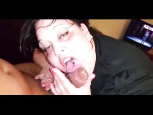 Plump brunette wife doing drooling blowjob