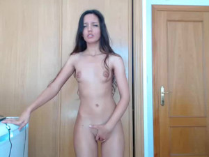 Raunchy webcam brunette with toy in pussy