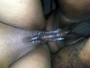 Dude fuck his black girlfriend and cums on...