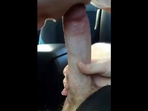 Blonde sucks big cock of taxi driver in...