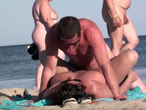 Playlist: Beach sex party