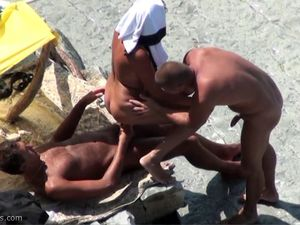 Casual threesomes on the beach