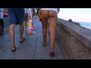 hidden camera shoots a gorgeous ass on the...