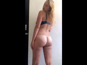 Curvy blonde chick with great...